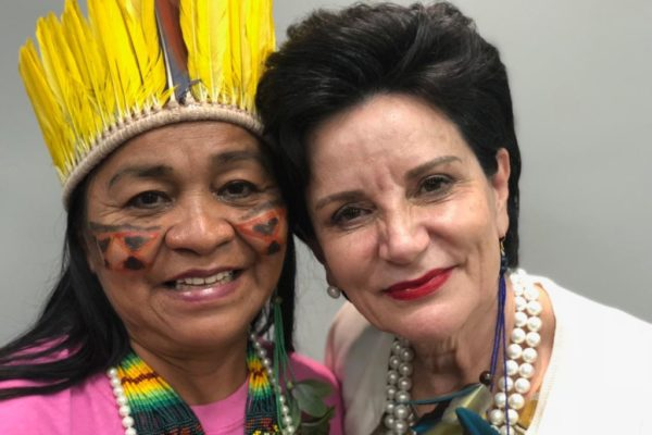 Primeira-mulher-Indígena-Letícia-Luiza-finalista-do-Prêmio-Empreendedora-pelo-Consulado-da-Mulher-1-1024x768